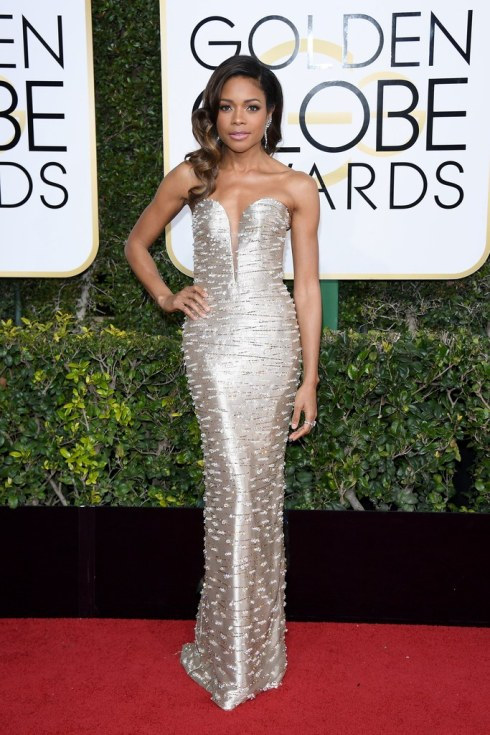 naomie-harris-in-armani-prive